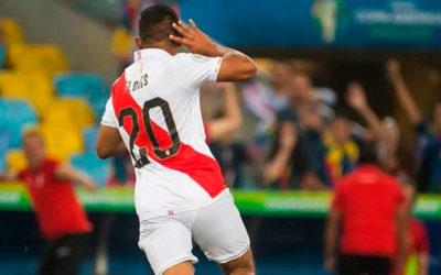 Perú se pone en ventaja en busca de la final