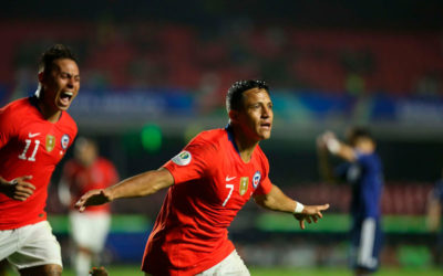 Chile reaparece intentando reconquistar el título que ganó