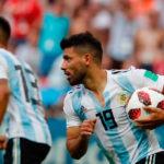 ¡Gol de Argentina! El Kun Agüero hizo la personal, entró al área y definió al palo derecho con un gran remate.
