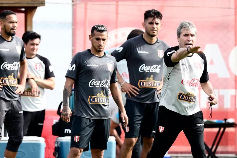 Perú busca retomar el vuelo con Paolo Guerrero