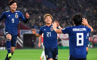 GOL DE JAPON!!! Miyoshi, a los 25 del primer tiempo, coloca la ventaja para el equipo Nipon